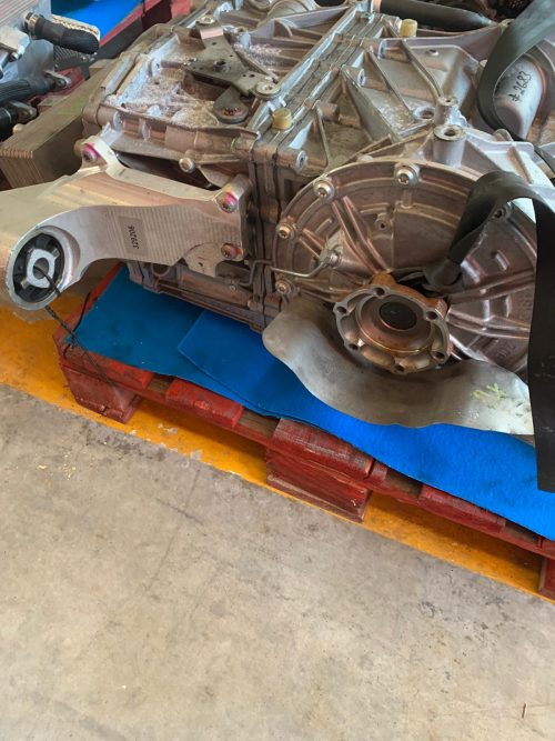 GEARBOX COMPLETE F812 SUPERFAST (1)